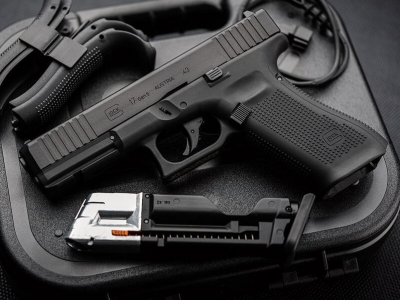 預購限量30隻 德製UMAREX G17 Gen5 T4E CNC 加工鋁製滑軌(7075)11mm鎮暴槍漆彈槍